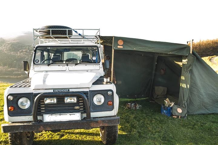 Landrover camp with Defender
